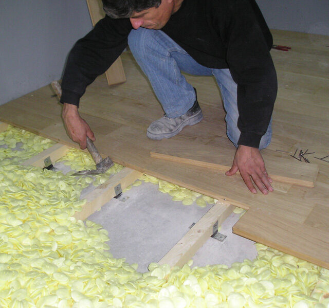 wooden-floor-sound-insulation-application