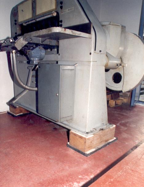 Anti-vibration inertia base