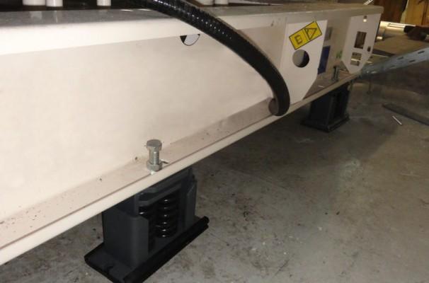 Spring anti-vibration isolator