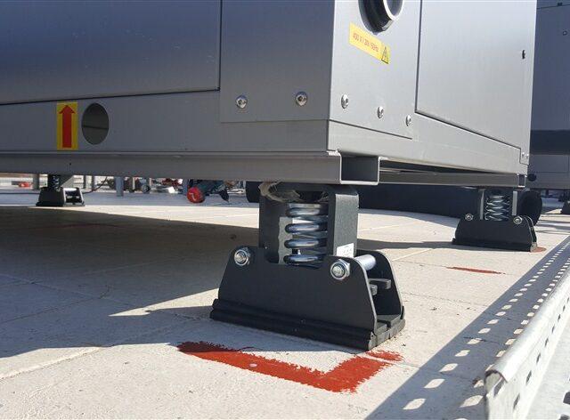 Vibro SMR anti-vibration system under heat pump